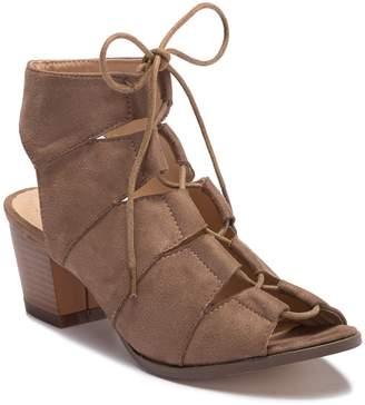 Chloé Chase & Aaron Lace Chunky Block Heel Sandal