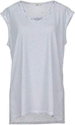 LTB T-shirts - Item 12186450