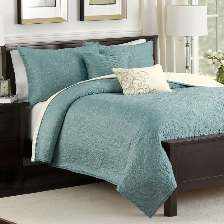 Bed Bath & Beyond Medallion 4-Piece Reversible Twin Quilt Set in Teal