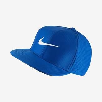 Nike AeroBill Adjustable Golf Hat