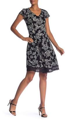 Sandra Darren Cap Sleeve Floral Dress