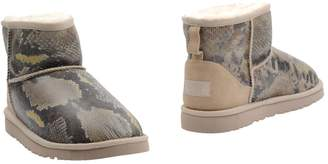 UGG Ankle boots - Item 11019057JQ