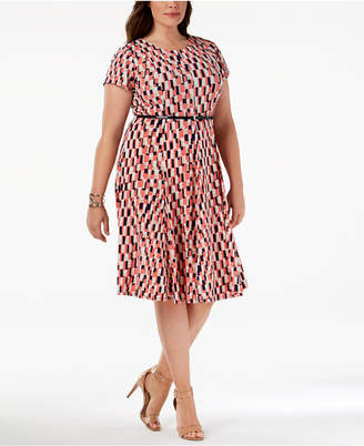 Jessica Howard Plus Size Belted Geo-Print Dress
