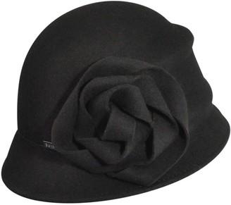 Betmar Alexandrite Cloche Hat