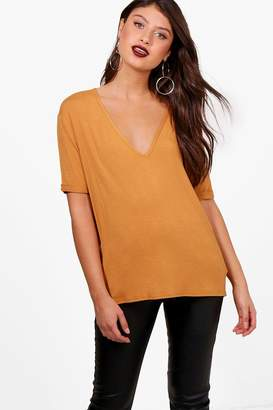 boohoo Hazel Oversized V Neck T-Shirt