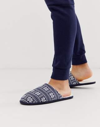 Asos Design DESIGN slip on slippers in navy fair isle