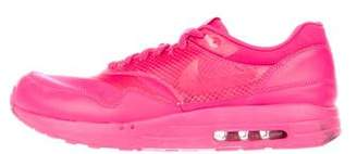 Nike Maxim 1+ Attack Pack Sneakers