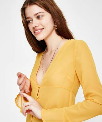 Alice In The Eve Slimline Plunge Blouse