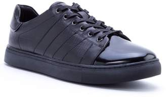 Badgley Mischka Holden Sneaker
