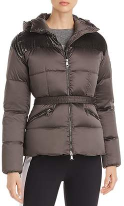 Moncler Sebou Fitted Down Coat