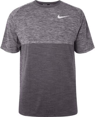 Nike Running - Medalist Mélange Dri-FIT T-Shirt