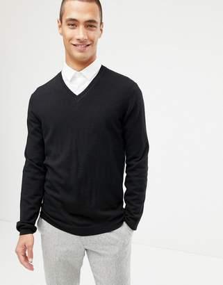 Asos Design DESIGN merino wool v-neck jumper in black