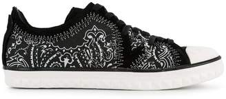 White Flags Whiteflags printed low-top sneakers
