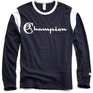 Todd Snyder + Champion Long Sleeve Armhole Graphic T-Shirt in Navy