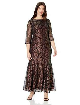 Brianna Women's Size Plus 3 qtr Sleeve v Back lace Gown, Black/Gold