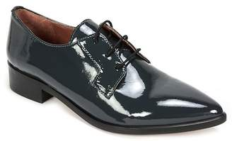 Summit from Italy Adrian Pointed Toe Oxford