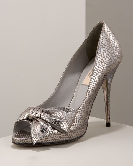 Valentino Bow Pump