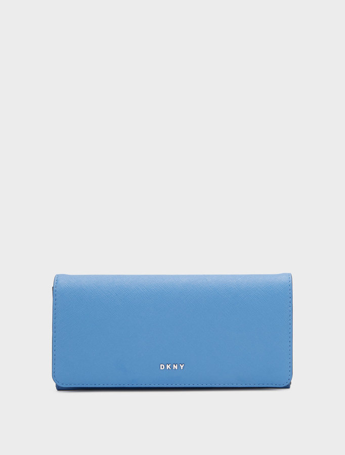 DKNYBryant Park Saffiano Large Carryall Wallet