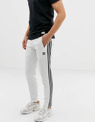 203f415af12c adidas White Trousers For Men - ShopStyle UK