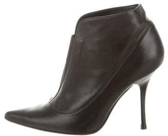 Charles David Leather Pointed-Toe Ankle Boots Black Leather Pointed-Toe Ankle Boots