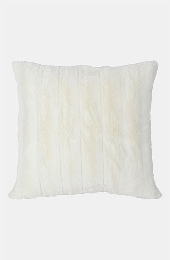 Blissliving Home 'Mila' Faux Fur Pillow (Online Only)