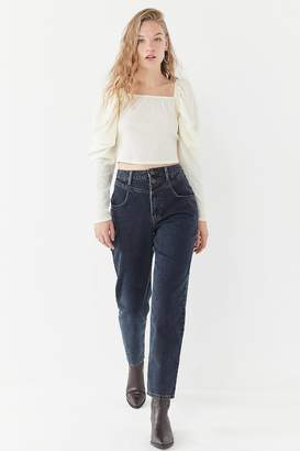 BDG Carilla High-Rise Tapered Jean