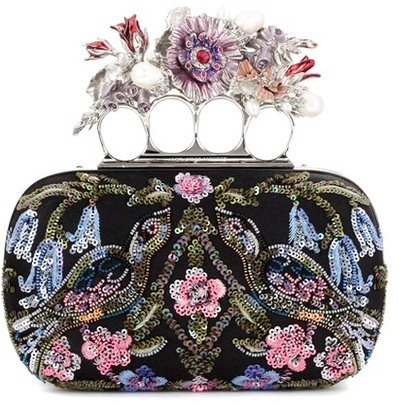 Alexander McQueen Alexander McQueen Knuckle Short Embellished Silk-satin Box Clutch
