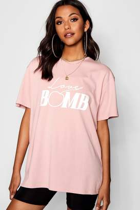 boohoo Tall Love Bomb Slogan Tee