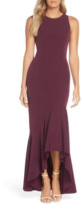 Vince Camuto Laguna Crepe Gown