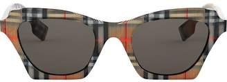 Burberry Eyewear checked square frame sunglasses