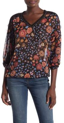 Democracy Grommet & Lace Trimmed Floral Woven 3\u002F4 Sleeve Blouse