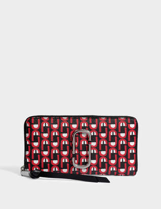 Marc Jacobs Snapshot Logo Standard Continental Wallet in Red Split Cow Leather