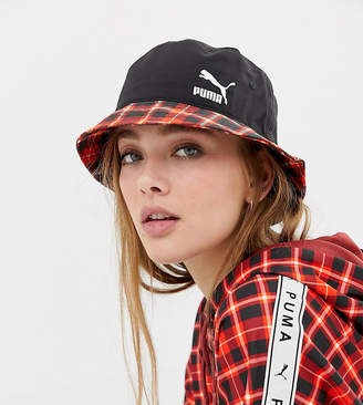 Puma exclusive red check bucket hat