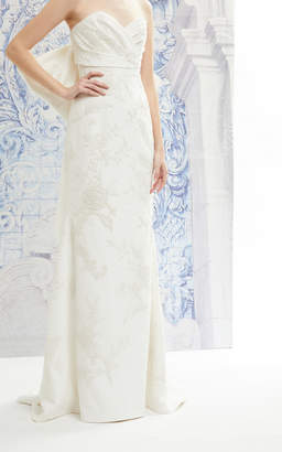 Carolina Herrera Indira Embroidered Strapless Silk Gown With Back Bow And Detachable Train