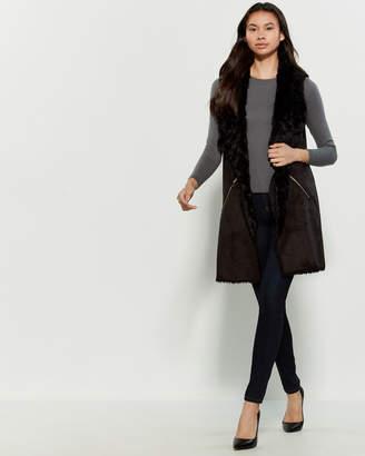 DOLCE CABO Black Faux Fur-Trimmed Vest