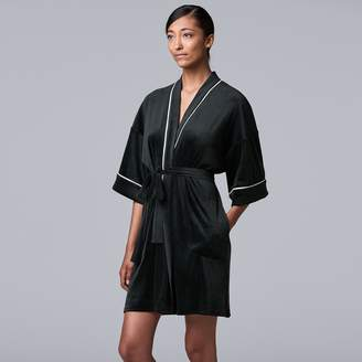 Vera Wang Women's Simply Vera 3/4 Sleeve Stretch Velour Robe