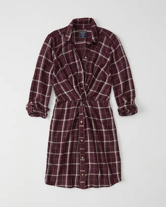Abercrombie & Fitch Knot-Front Shirtdress