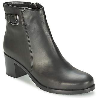 ara LUCCA women's Low Ankle Boots in Black