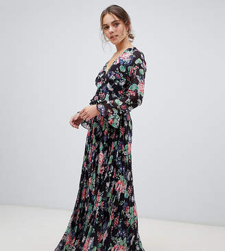 b84ad72bc69 Asos DESIGN Petite pleated wrap maxi dress with ruffle in floral print