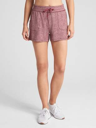"Gap GapFit 3.5"" Drawstring Shorts in Brushed Tech Jersey"