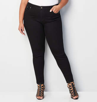 Avenue Wanna Betta Butt Skinny Jean in Black