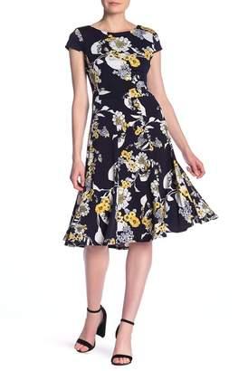 Sandra Darren Cap Sleeve Floral Printed Dress