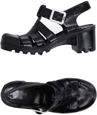 JuJu Sandals - Item 11139479