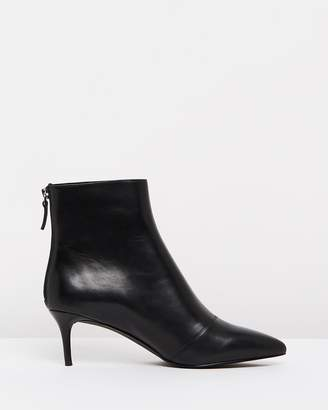 Atmos & Here ICONIC EXCLUSIVE - Vera Leather Ankle Boots