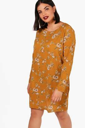 boohoo Plus Helen Printed Long Sleeve Shift Dress