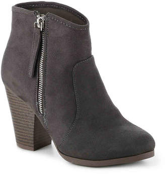 Journee Collection Link Bootie - Women's