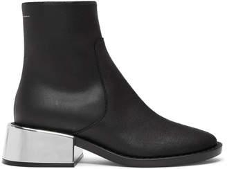 MM6 MAISON MARGIELA Black Round Toe Boots