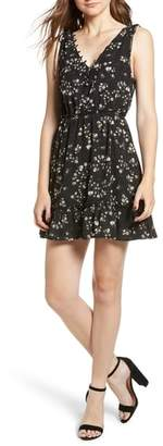 Cupcakes And Cashmere Lina Floral Print Minidress