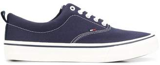 Tommy Hilfiger flat lace-up sneakers
