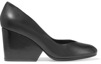 Robert Clergerie - Tessy Leather Pumps - Black $550 thestylecure.com